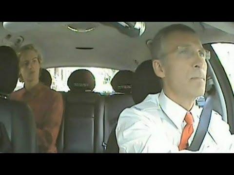 El Primer Ministro Noruego es Taxista por un Día